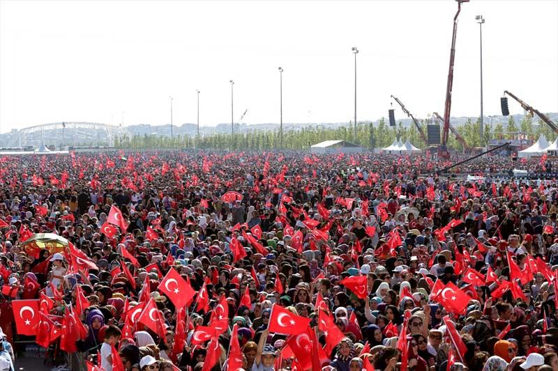 Massale viering verovering Istanbul tijd voor het nieuwe Turkije (2)