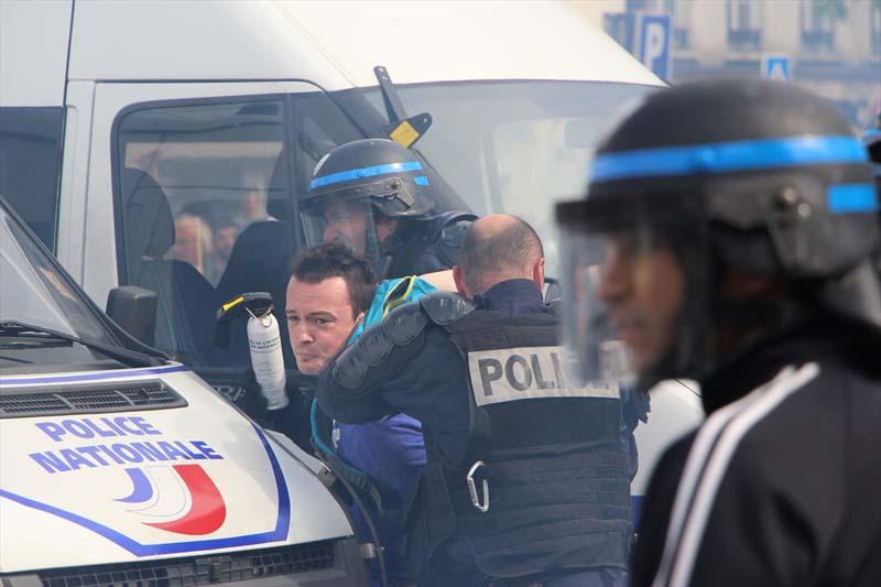 Turkije reageert op Franse chaos en politiegeweld in Frankrijk
