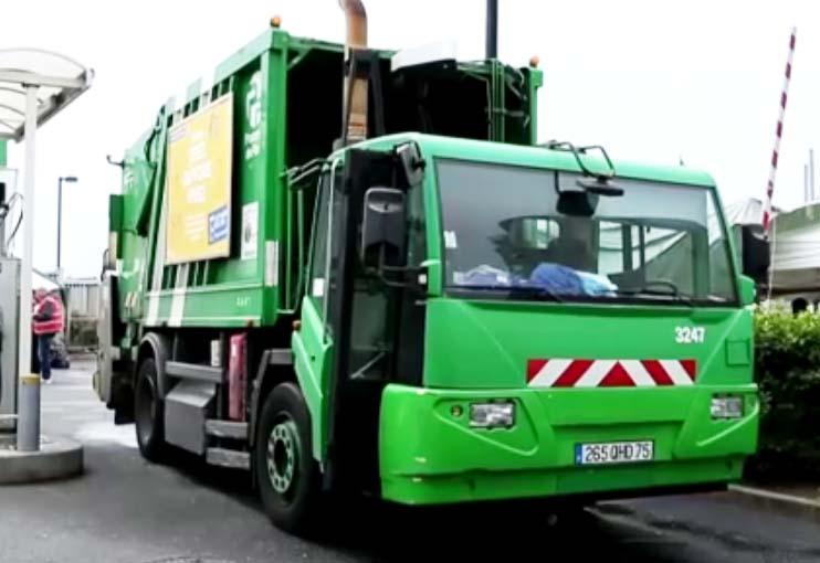 Afvalbergen in Frankrijk door stakingen (2)