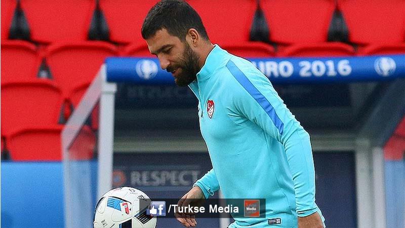 Arda Turan biedt excuses aan na EK-wedstrijd