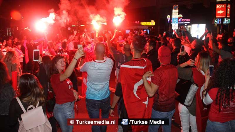 Turken vieren feest na EK-zege op Tsjechië