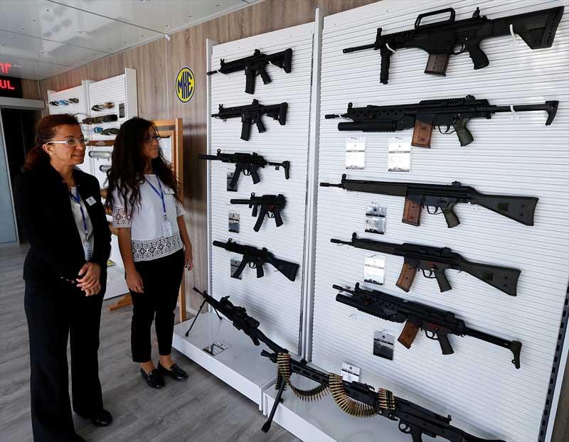 Turkije toont nieuw wapenarsenaal (8)