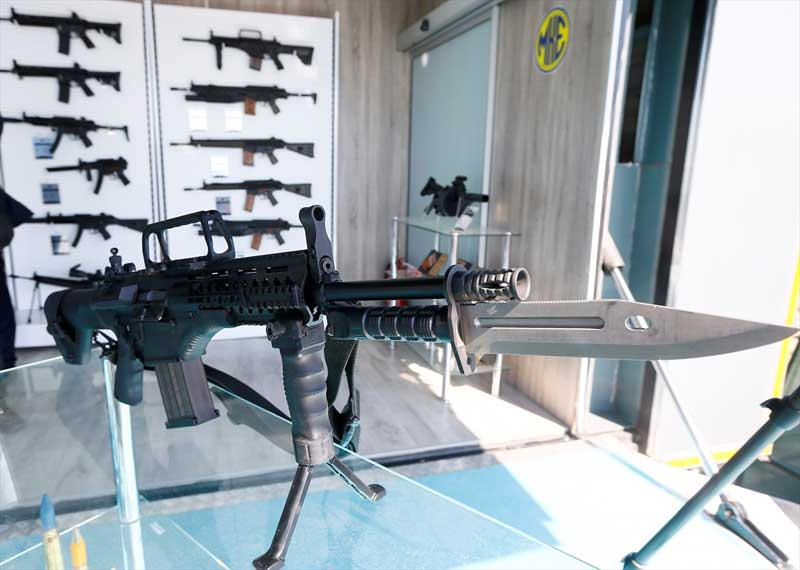 Turkije toont nieuw wapenarsenaal (9)