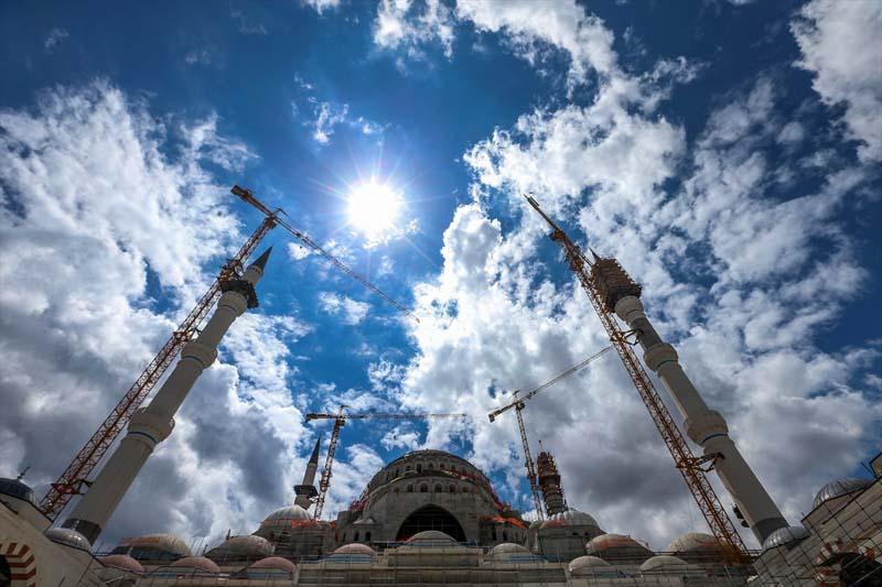 Turkse megamoskee in Istanbul bijna af (2)