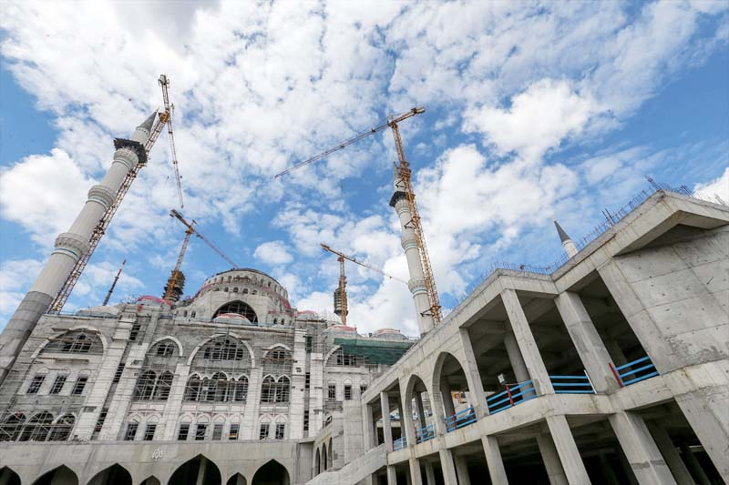 Turkse megamoskee in Istanbul bijna af (4)