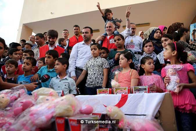 Feest in Gaza Turkse hulp gearriveerd (2)