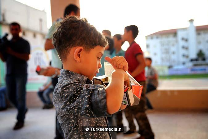 Feest in Gaza Turkse hulp gearriveerd (4)