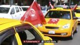 Turk die taxi inreed op tank, krijgt nieuwe auto