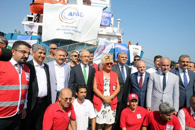 Turkije stuurt 11 ton hulpgoederen en cadeaus naar Gaza (3)
