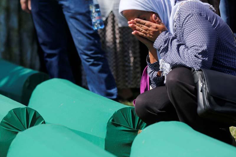 Veel verdriet tijdens herdenking genocide op moslims Srebrenica (2)