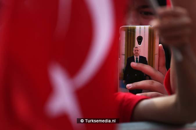 Miljoenen Turken bijeen tijdens historische meeting (13)