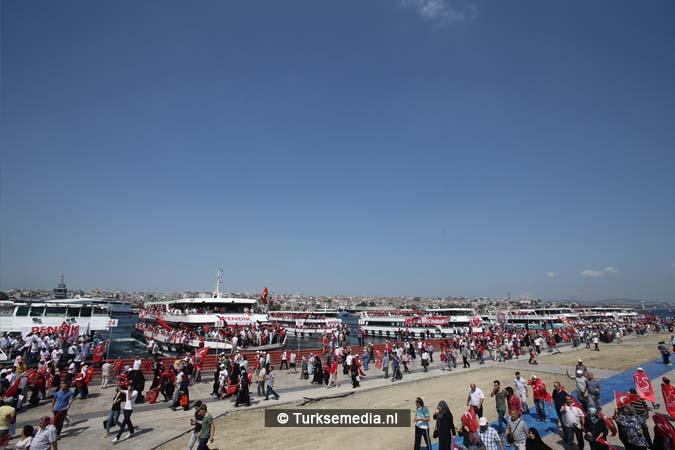 Miljoenen Turken bijeen tijdens historische meeting (27)