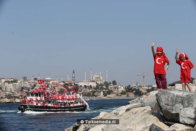 Miljoenen Turken bijeen tijdens historische meeting (28)