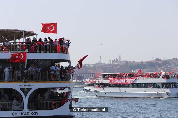 Miljoenen Turken bijeen tijdens historische meeting (29)