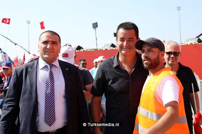 Miljoenen Turken bijeen tijdens historische meeting (30)