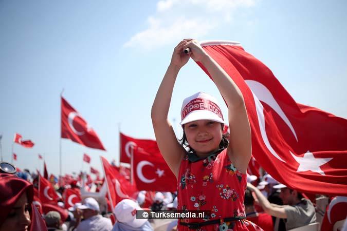 Miljoenen Turken bijeen tijdens historische meeting (31)