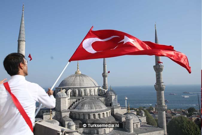 Miljoenen Turken bijeen tijdens historische meeting (32)