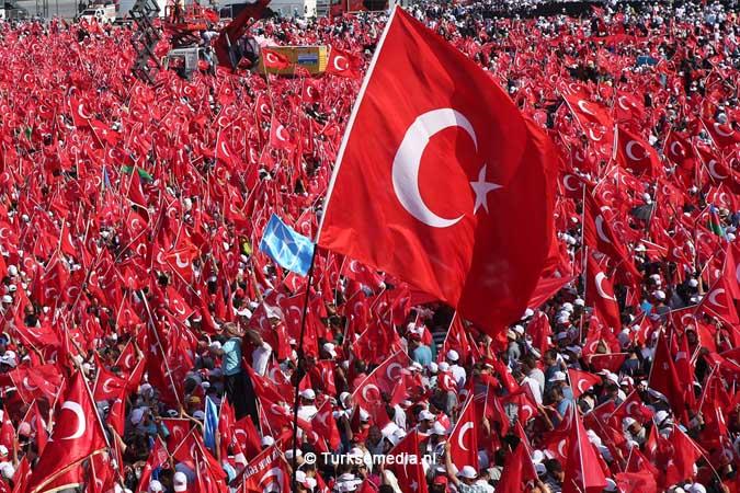 Miljoenen Turken bijeen tijdens historische meeting (34)