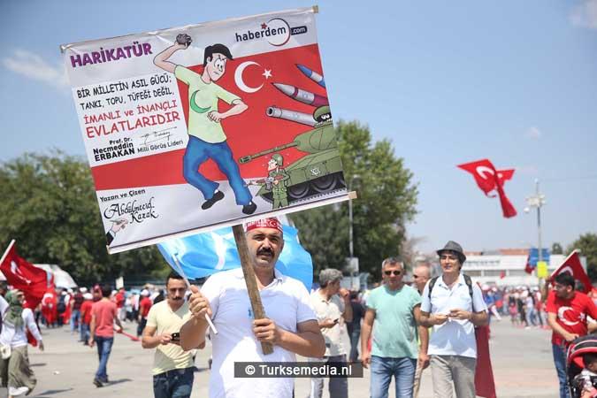 Miljoenen Turken bijeen tijdens historische meeting (46)