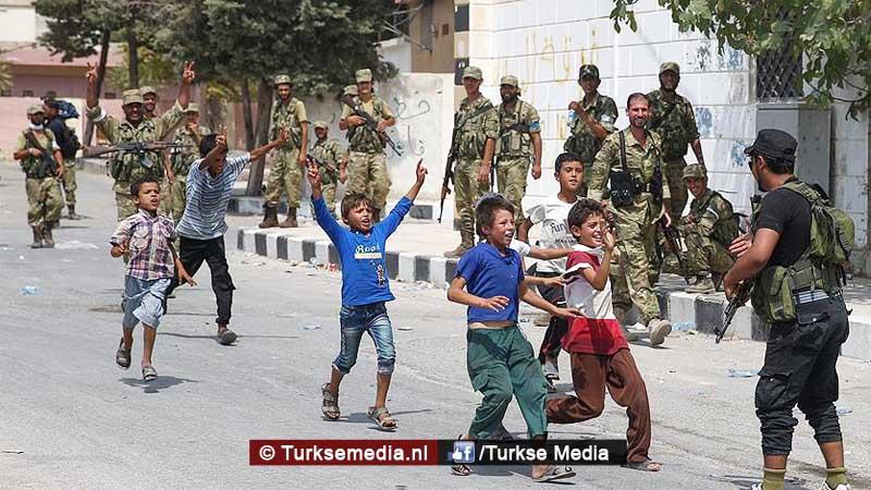 Syrische kinderen vieren vrijheid na Turkse redding Jarablus (foto's)
