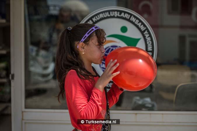 Turkije maakt Syrische weeskinderen dolgelukkig (fotogalerij) (2)