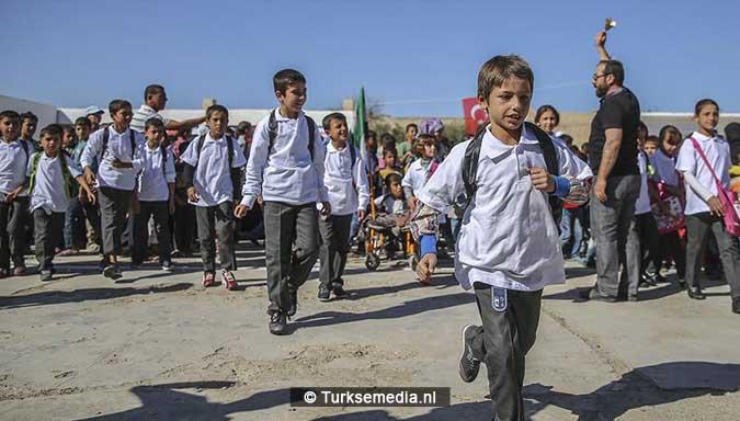 trots-en-vreugde-turkse-gemeente-tovert-school-in-syrie-om-tot-modern-college-4