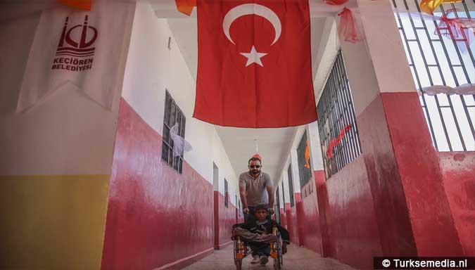 trots-en-vreugde-turkse-gemeente-tovert-school-in-syrie-om-tot-modern-college-5