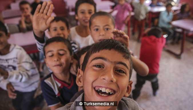 trots-en-vreugde-turkse-gemeente-tovert-school-in-syrie-om-tot-modern-college-6