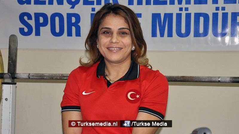 turk-pakt-goud-en-breekt-wereldrecord-op-paralympics