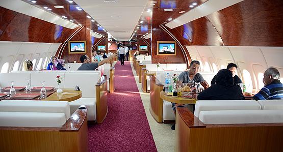 turkse-gemeente-opent-luxe-vliegtuigrestaurant-2