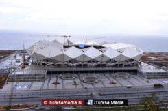 stadion-trabzon-met-uniek-dak-bijna-afgerond-fotos