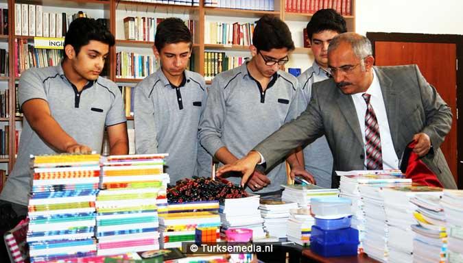 voorbeeldgedrag-turkse-scholieren-helpen-syrische-kinderen-2