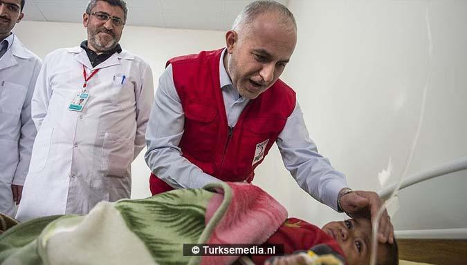 barmhartige-turkije-in-150-landen-helpende-hand-slachtoffers-2