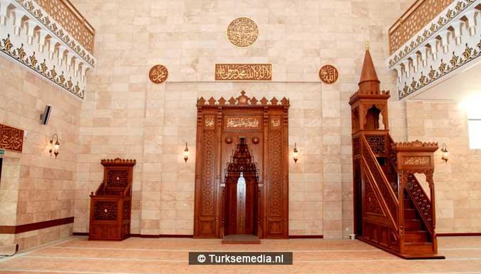 turkije-herbouwt-gesloopte-moskee-in-wit-rusland-3