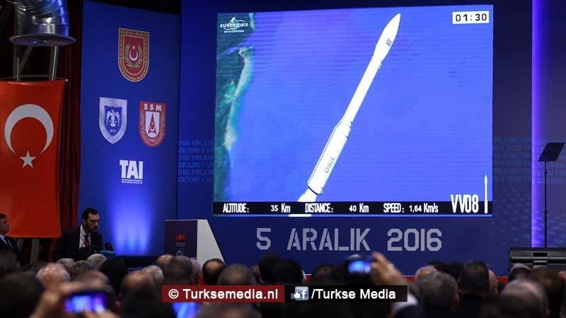 turkije-schiet-militaire-satelliet-de-ruimte-in