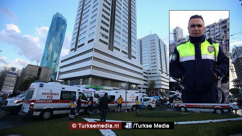 dit-is-de-held-van-izmir-turkse-politieagent-voorkomt-bloedbad