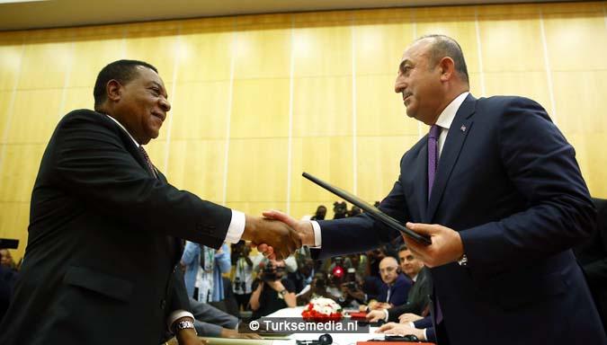 Erdoğan boort het Westen de grond in vanuit 'leeggeroofde' Afrika 2