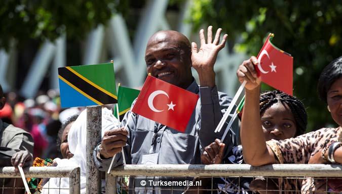 Erdoğan boort het Westen de grond in vanuit 'leeggeroofde' Afrika 3