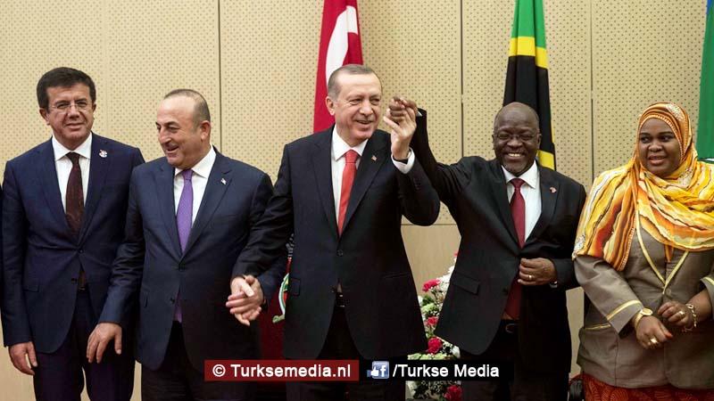 Erdoğan boort het Westen de grond in vanuit 'leeggeroofde' Afrika