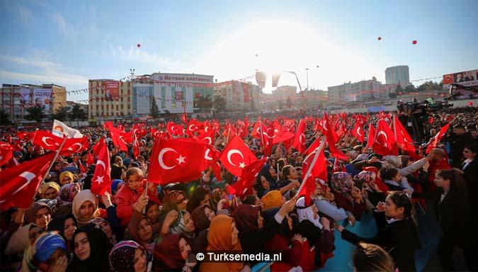 erdogan-tegen-aanvallende-duistere-machten-verstop-je-niet-vecht-als-een-man-1
