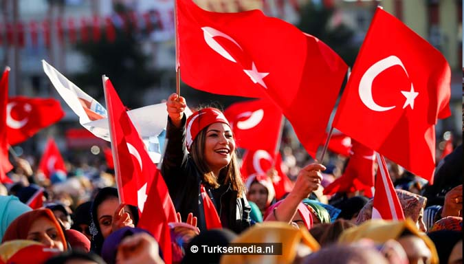 erdogan-tegen-aanvallende-duistere-machten-verstop-je-niet-vecht-als-een-man-2