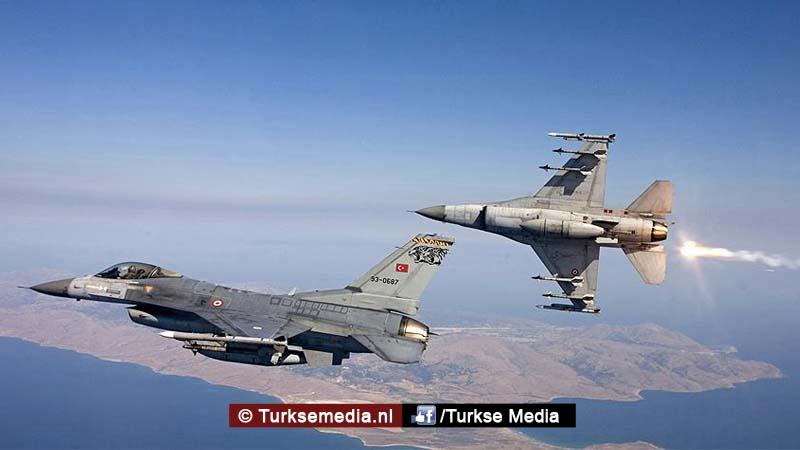 turks-leger-vernietigt-15-daesh-doelen-is-in-15-minuten-in-syrie