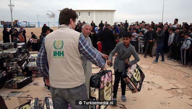 Turkse hulporganisatie helpt moslims in Zuid-Azië bouwt moskeeën en weeshuizen1