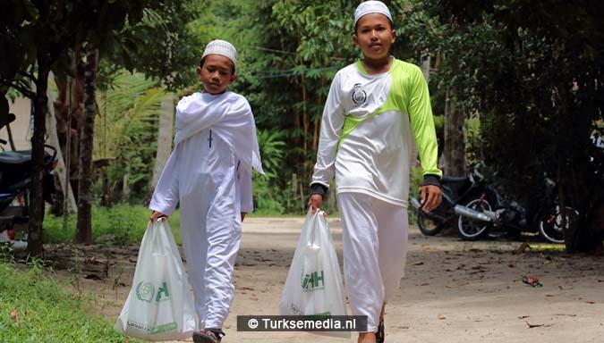 Turkse hulporganisatie helpt moslims in Zuid-Azië bouwt moskeeën en weeshuizen4