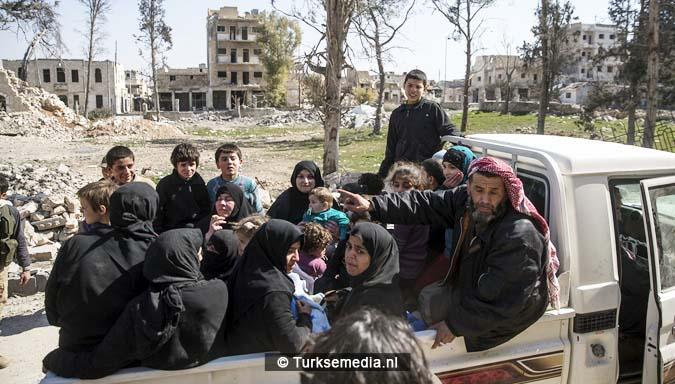 Zo vieren Syriërs de Turkse victorie op Daesh (IS)10