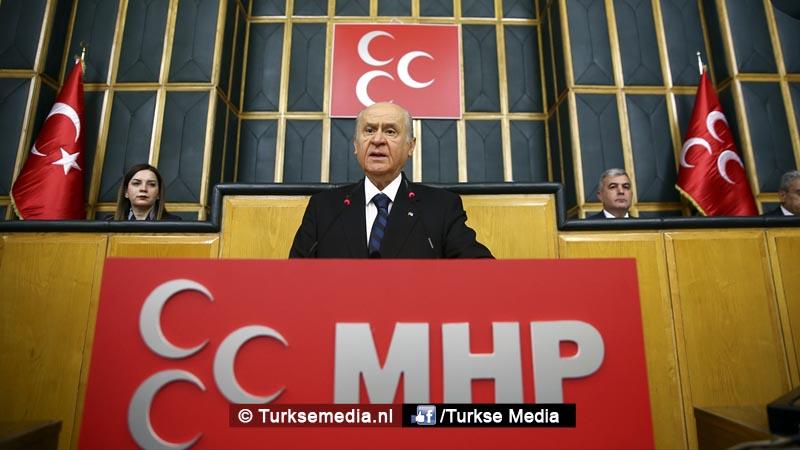 Zware tegenaanval MHP Moet Turkije de Grieken weer in zee gooien
