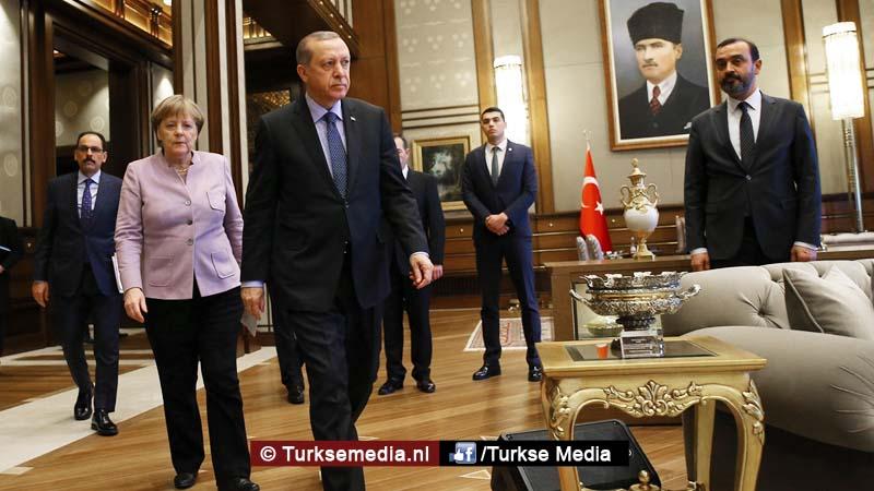 Erdoğan waarschuwt Duitsland moet berecht worden, 'journalist' was spion