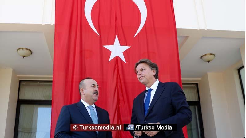Minister Nederland vraagt hulp aan Turkije