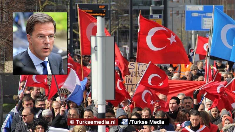 Schandaal Nederland Turkse nee-zeggers welkom; Rutte wist niet