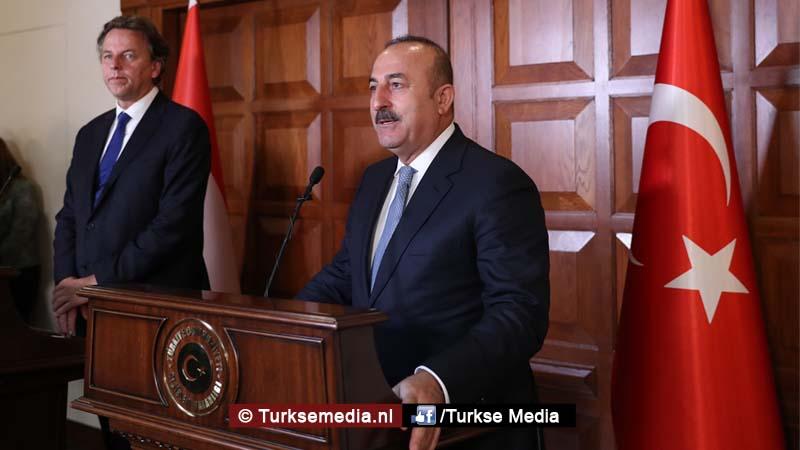 Turkije haalt ook zeer stevig uit naar Nederland Zogenaamde democratie